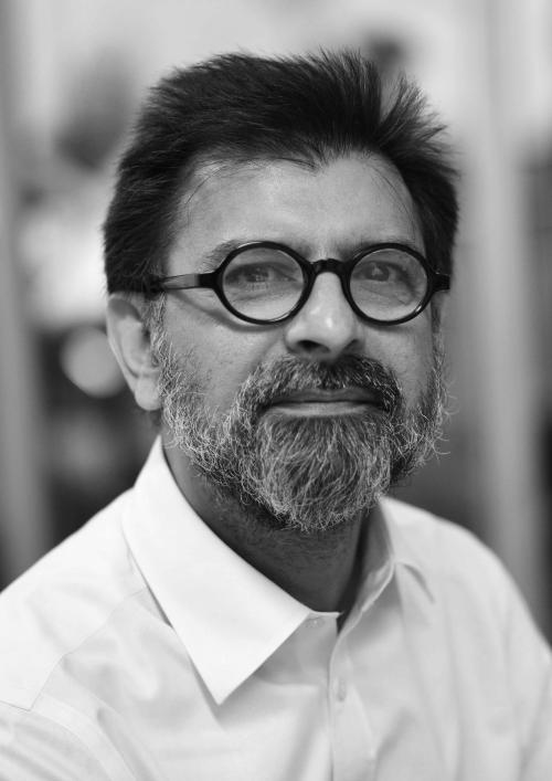 Dr Jag Ahluwalia